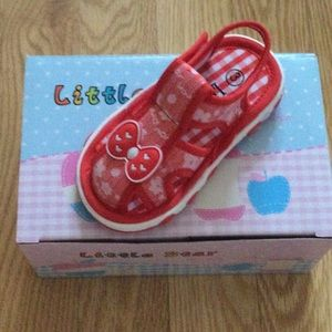 New Kids SQUEAKER Shoes